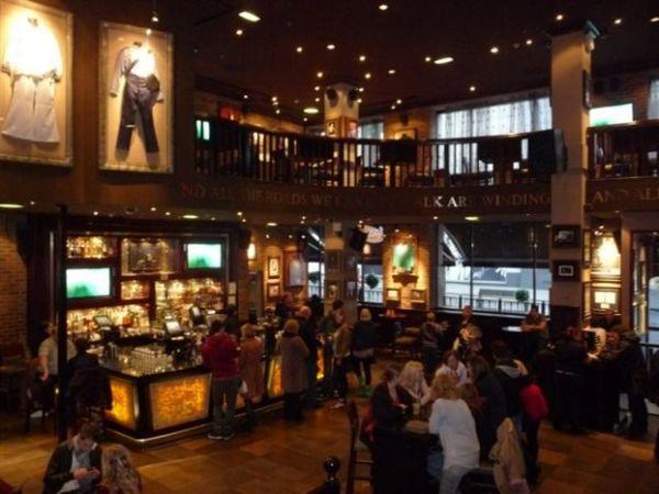 Το Hard Rock Cafe επιστρέφει στην Αθήνα