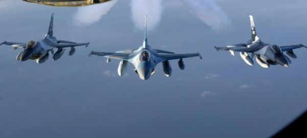 Αερομαχίες στο Αιγαίο: Τουρκικά μαχητικά πέταξαν πάνω από Μακρονήσι, Φούρνους, Αγαθονήσι