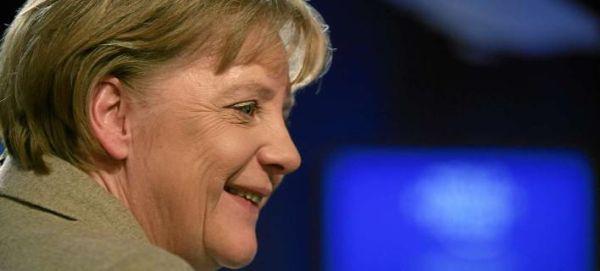 Μέρκελ: Η Ελλάδα πρέπει να εξειδικεύσει τις μεταρρυθμίσεις που θα κάνει