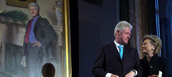 Στο πορτραίτο του Κλίντον στην Εθνική Πινακοθήκη υπάρχει και το φόρεμα της Λεβίνσκι [εικόνες]