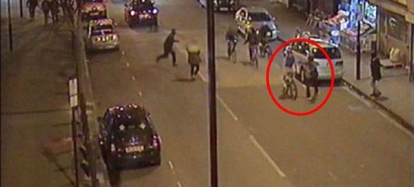 Τον μαχαίρωσαν για να του κλέψουν το ποδήλατο [εικόνες & βίντεο]