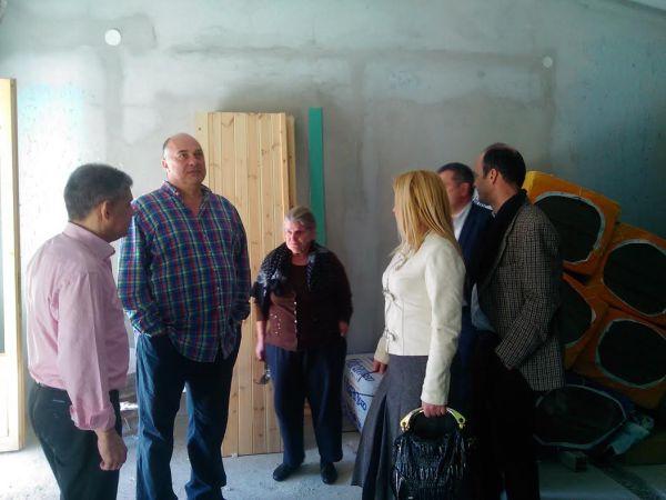 Περιοδεία σε Παιδόπολη από κλιμάκιο με επικεφαλής τον Κ. Αγοραστό και τον Αχ. Μπέο