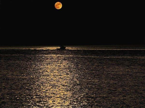 Ο ουρανός τη νύχτα