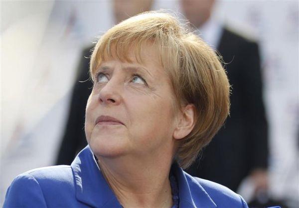 Η Μέρκελ προειδοποιεί τη Ρωσία με επιβολή σκληρότερων κυρώσεων