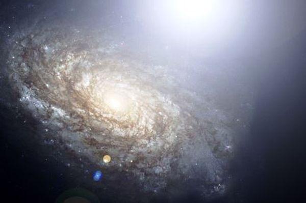 Γιατί το Σύμπαν εκπέμπει λιγότερο φως;