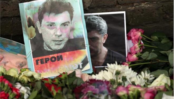 Ομολόγησε ο ένας ύποπτος για τη δολοφονία Νεμτσόφ