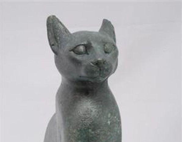 Μία γάτα από την Αίγυπτο στο Εθνικό Αρχαιολογικό Μουσείο