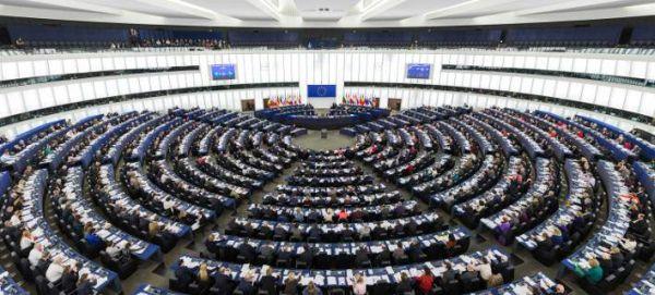 Europolitics: Το Ευρωκοινοβούλιο ετοίμαζε σχέδιο εξόδου της Ελλάδας από το ευρώ