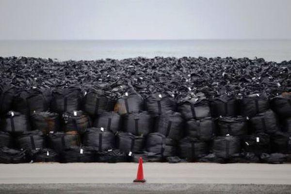 Φουκουσίμα: αποθήκη ραδιενεργών αποβλήτων θα κυκλώσει το εργοστάσιο