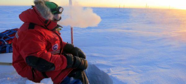 Κρύο, καιρός για απομόνωση: Πώς η θερμοκρασία επηρεάζει την ψυχολογία μας