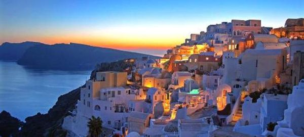 CNBC: Να πάτε όλοι στην Ελλάδα για διακοπές