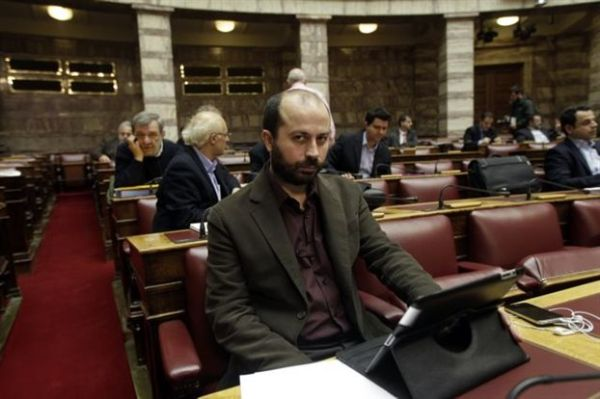 Υπεραμύνεται του βουλευτικού Ι.Χ. ο Β. Διαμαντόπουλος του ΣΥΡΙΖΑ