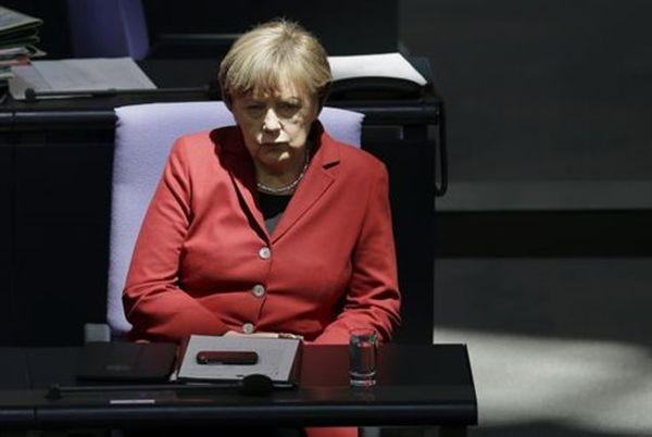 Μέρκελ: Η Ελλάδα να μην αναμένει πολιτική συμφωνία