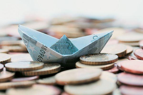 Σύναψη δανείων = εκκόλαψη δούλων