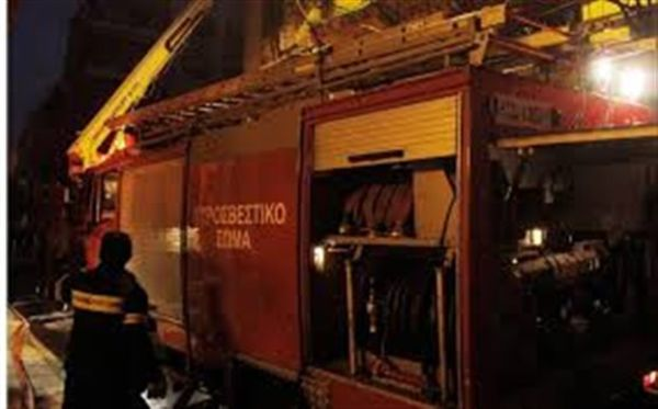 Εμπρηστική επίθεση στα γραφεία του ΣΥΡΙΖΑ στα Πατήσια
