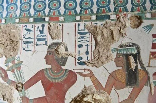 Αίγυπτος: Ολοζώντανες τοιχογραφίες σε αρχαίο τάφο στο Λούξορ