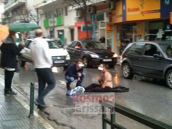 Ξάπλωσε στη μέση του δρόμου για να αυτοκτονήσει!