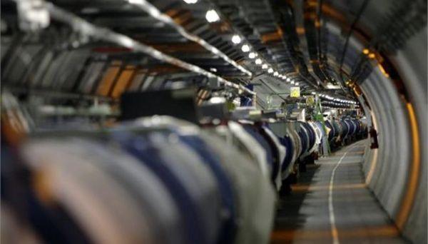 CERN: Βραχυκύκλωμα στον Μεγάλο Επιταχυντή Αδρονίων απειλεί με καθυστερήσεις
