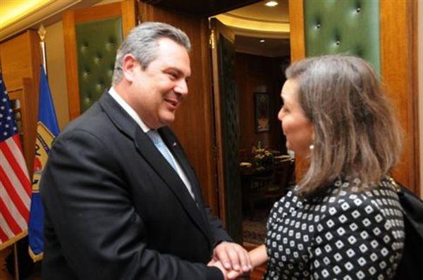 ΝΔ και Ποτάμι: Διευκρινίσεις από την κυβέρνηση για τις δηλώσεις Καμμένου