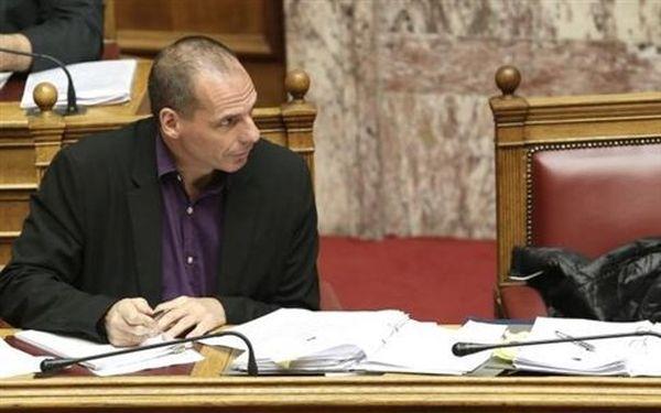 Βαρουφάκης: Προς αναθεώρηση οι στόχοι του Προϋπολογισμού 2015