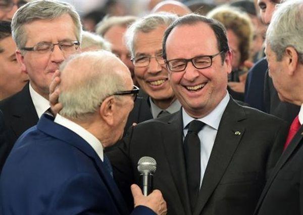 Πώς ο πρόεδρος της Τυνησίας αποκάλεσε τον Ολάντ... Μιτεράν