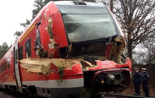 Κύμα κακοκαιρίας στη Γερμανία αφήνει πίσω του έξι νεκρούς και χάος