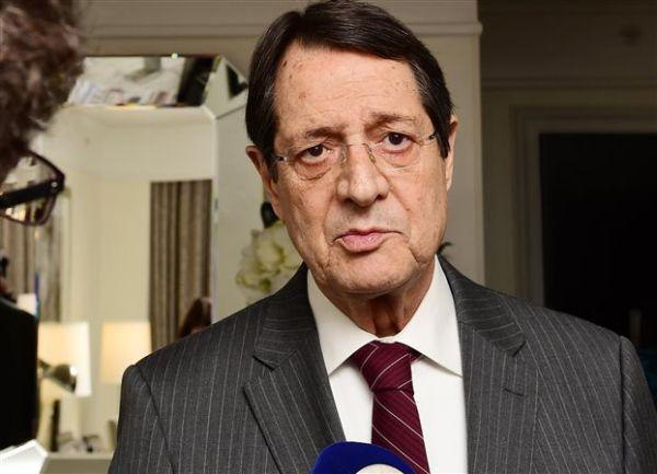 Κύπρος: Θετικό βήμα για επανέναρξη διαλόγου η αποχώρηση Μπαρμπαρός