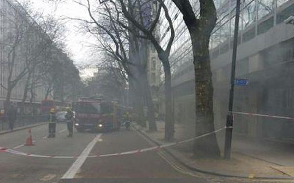 Μεγάλη φωτιά στο Λονδίνο [εικόνες]