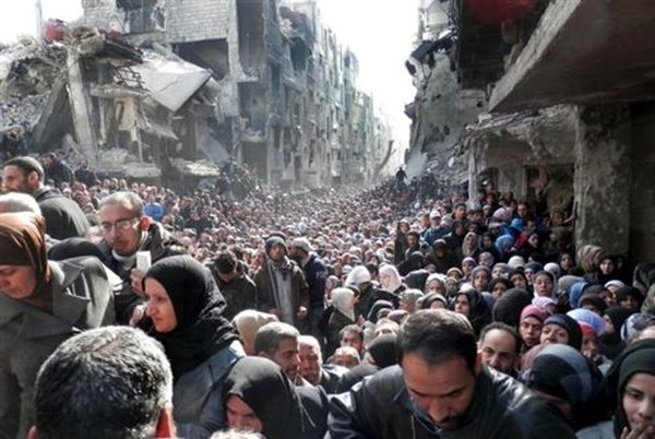 Η ISIS «εισέβαλε σε προσφυγικό καταυλισμό» στη νότια Δαμασκό
