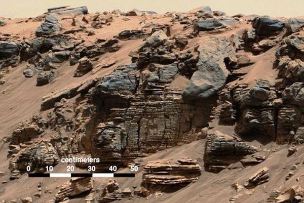 Τον αέναο κύκλο του νερού στον Άρη εξηγεί το Curiosity