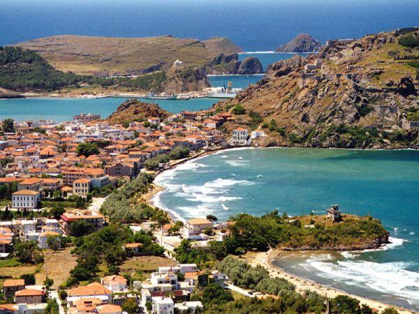 Οι Βρετανοί μας λένε ποια είναι τα 3 ελληνικά νησιά που αξίζουν την προσοχή μας