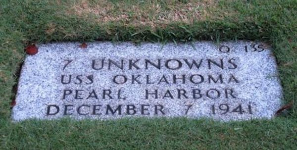 Απόπειρα ταυτοποίησης 400 νεκρών του Περλ Χάρμπορ