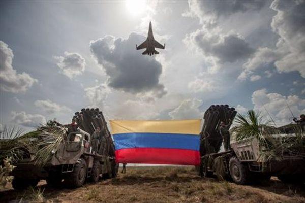 Κολομβία: Τέλος στην εκεχειρία με τις FARC, ξανάρχισαν οι επιδρομές
