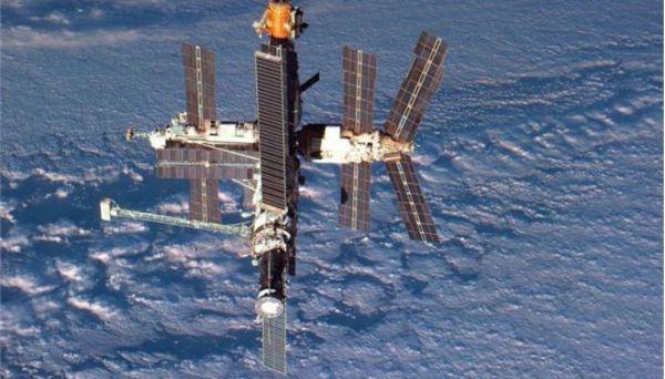 Πούτιν: «Θέτουμε σε τροχιά ρωσικό διαστημικό σταθμό έως το 2023»