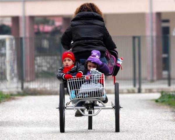 Βαλαβάνη: Στόχος είναι να σταματήσουν τα παιδιά να αποτελούν... τεκμήριο