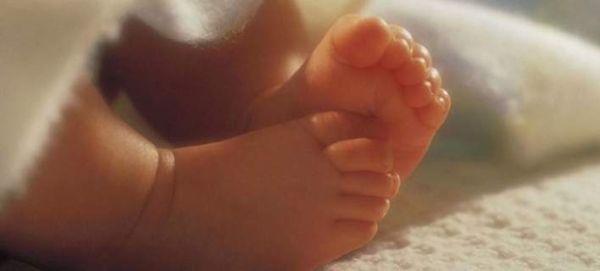 Θεσσαλονίκη: Νταντά κατηγορείται ότι κακοποιούσε κοριτσάκι 19 μηνών