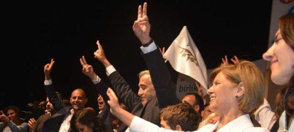Εκλογές στα κατεχόμενα: Νέος ηγέτης των Τουρκοκυπρίων ο Μουσταφά Ακιντζί
