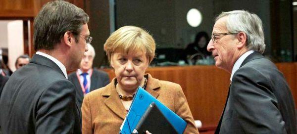 Αυστριακή εφημερίδα: Ο υπόγειος πόλεμος Μέρκελ - Γιούνκερ για το Grexit