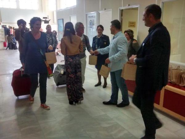Πρεμιέρα με 600 ξένους τουρίστες στο αεροδρόμιο της Σκιάθου
