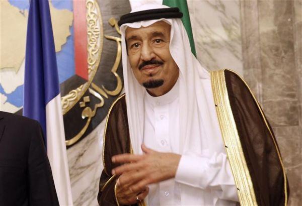 Ο βασιλιάς της Σ. Αραβίας απέπεμψε στενό συνεργάτη επειδή χαστούκισε δημοσιογράφο