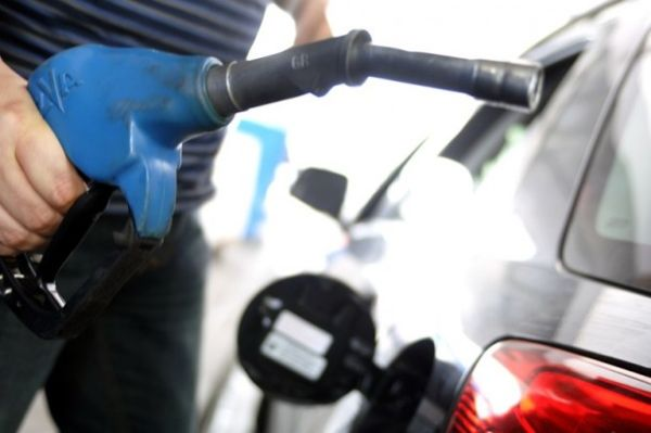 Σταθερά στα ύψη η βενζίνη επί διήμερο