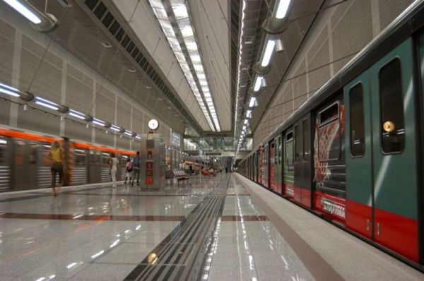 Στάση εργασίας σε μετρό, τραμ και ηλεκτρικό την Παρασκευή