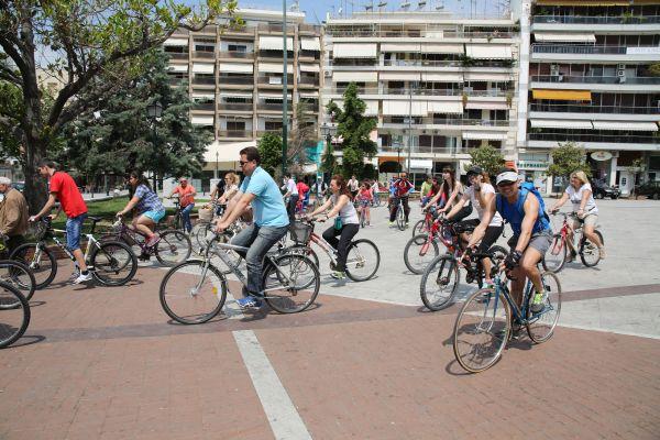 Βολιώτες ποδηλάτες «εν δράσει» συμμετείχαν μαζικά στην 8η ποδηλατοπορεία
