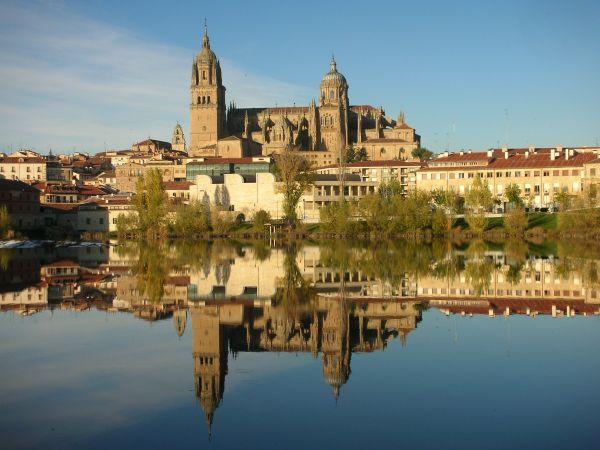 Ισπανικά ή αλλιώς Πανεπιστήμιο της Σαλαμάνκα ~ «Mi Salamanca» μία παραμυθένια πόλη