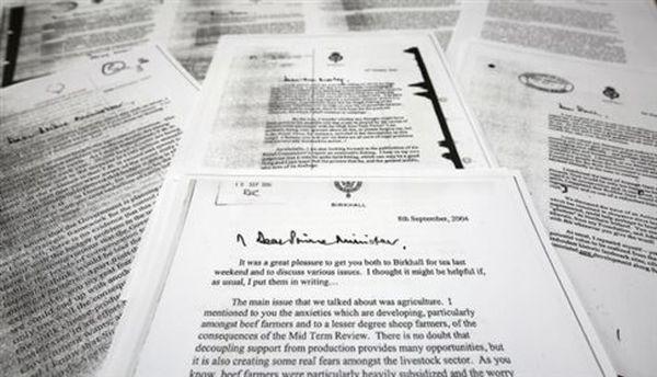 «Παρεμβατικός» ο πρίγκιπας Κάρολος στις περίφημες επιστολές του