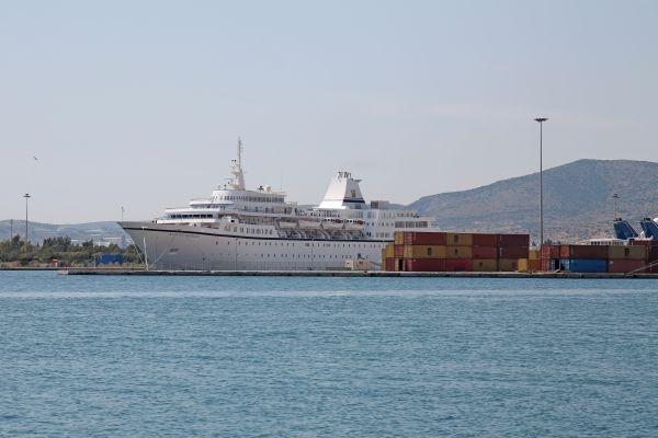 Κρουαζιερόπλοιο στο Βόλο