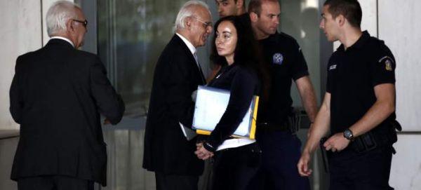 Αποφυλάκιση με βραχιολάκι ζήτησε η Βίκυ Σταμάτη