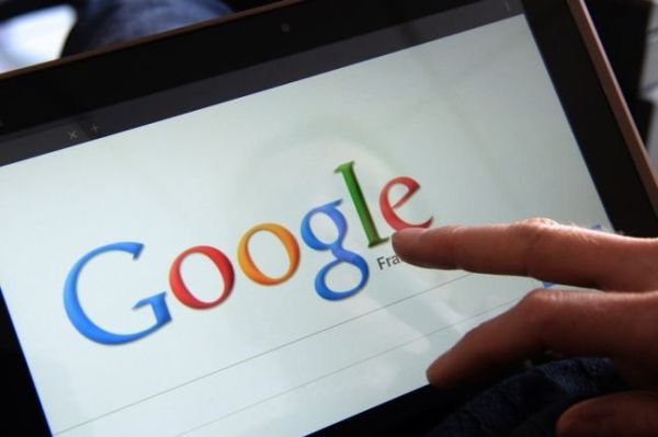 H Google το γυρνάει στη... φωτογραφία