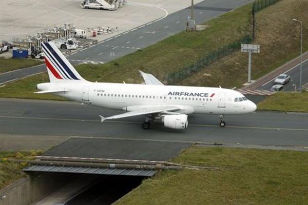 Απειλητικό τηλεφώνημα για πτήση της Air France