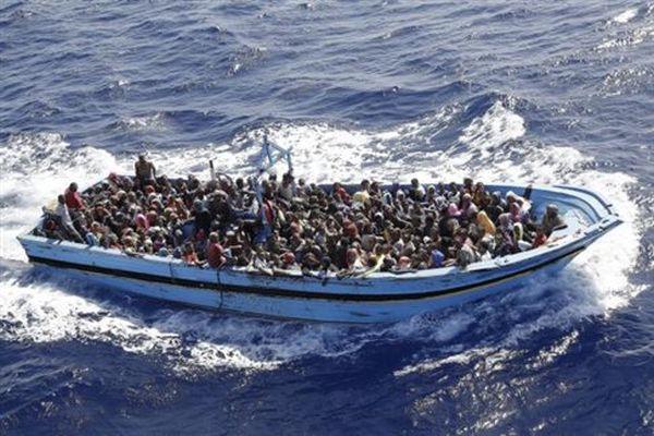 Το Wikileaks αποκαλύπτει το σχέδιο στρατιωτικής δράσης στα «πλοία μεταναστών»